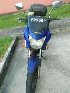 Honda CBF 150 with nice number