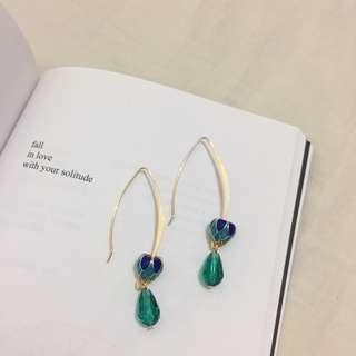 Earrings || 靛藍蓮花鍍金珠耳環