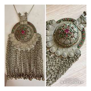 ANTIQUE PENDANT NECKLACE 古董民族吊咀