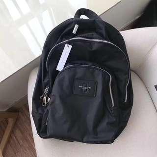 Marc Jacobs 新款女裝黑色背包