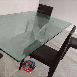 Glass dining table $50 only need gone asap