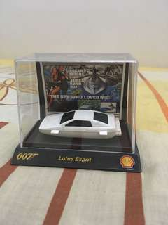 Shell 007 Lotus Esprit 1:64th scale