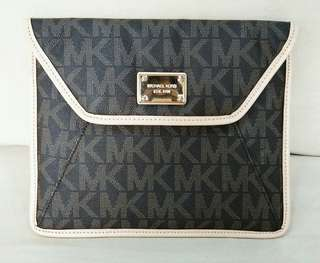 Michael Kors - Brown Monogram Saffiano Leather Ipad Case