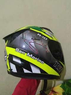 Helm kyt r10 san marino, kondisi 90%