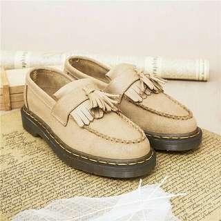 🚚 (免運)英倫復古流蘇學院真皮馬丁靴37