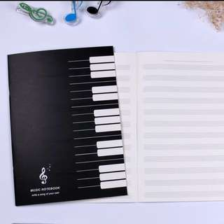 Blank 5-lines Music Exercise Book