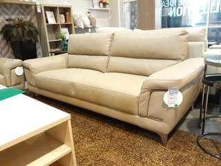 Kringle Sofa Mewah Bisa Dibawa Pulang Cuma Bayar Admin 200 Ribu saja