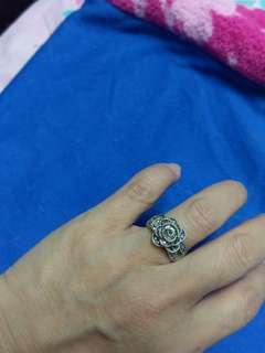 特式閃石戒指