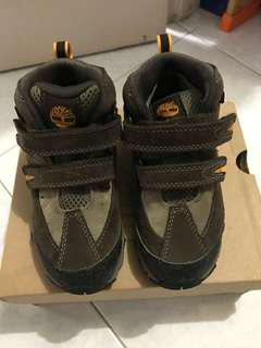 Authentic timberland high cut boys shoes