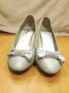 (SALE!!) Silver Glittery Shoes