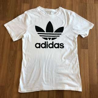 Adidas T-shirt (Authentic)