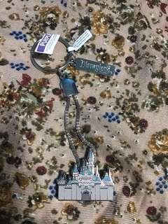 Disneyland Souvenir Keychain