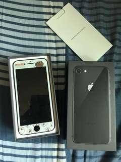 iPhone 8 Black 64Gb (iPad mini 32Gb)可議