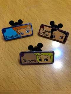 迪士尼襟章Disney pin trading