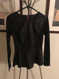 Guess peplum jumper top