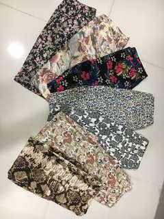 🚚 Floral/ print stretchable pants