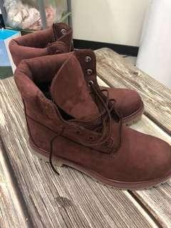 🚚 timberland女用酒紅色短靴