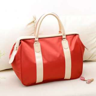 Travel hand bag