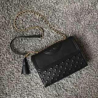 Authentic chain shoulder bag