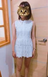 🚚 白色蕾絲雕花小洋裝
