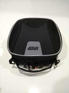 Ducati Multistrada Givi tanklock bag
