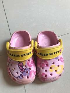 Sepatu sendal Crocs ori Size: 19