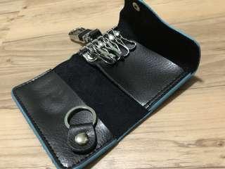 🌟 Cow Split Leather-Key Pouch-BLUE Border-Size : (10.8cm x 6.5cm x 2.2cm Thick)