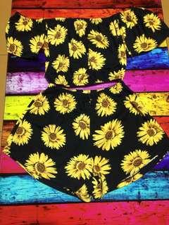 sunflower top & bottom 🌻