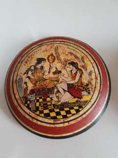 Greek Bowl with cover