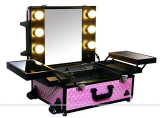 Makeup Traincase