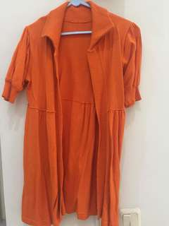 Outter orange knitted Fit to L