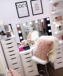 Super sale! Vanity/Makeup Junkie set