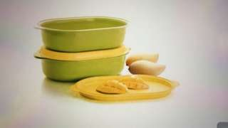 Tupperware Oval Server  (2)