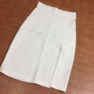 White slitted  fitted skirt