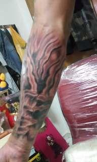 Tattooing inkonskin