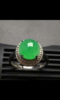 A玉翡翠鑽石戒指