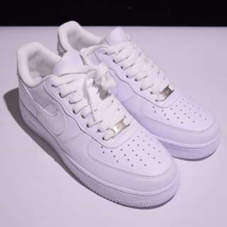 Nike Air FORCE 1 全白