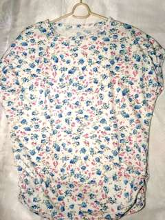 Woman's Top Floral