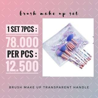 BRUSH MAKE UP TRANSPARENT HANDLE