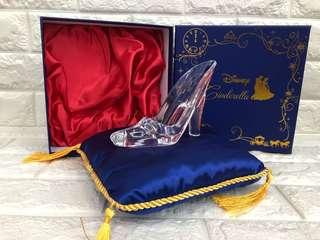 🚚 玻璃鞋擺飾