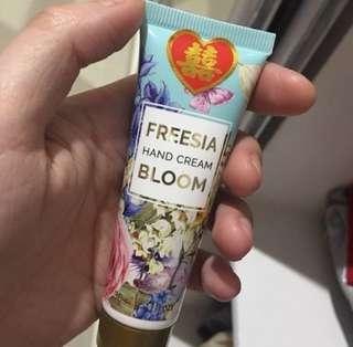 Handcream Freesia