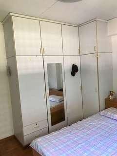 Common room ***Queen size bedroom**** For rent