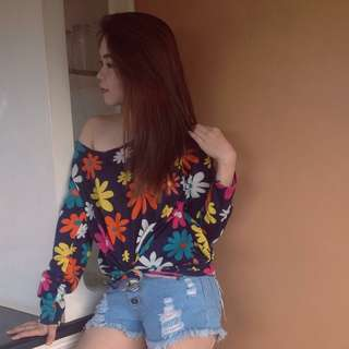 Floral pull-over