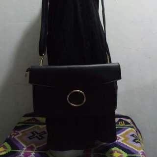 Bag-02 ONHAND Black Sling Bag