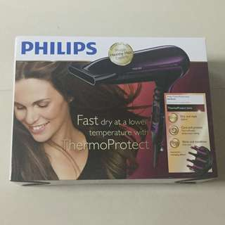 Phillips Hair Dryer fast dry with a lower temperature with ThermoProtect
