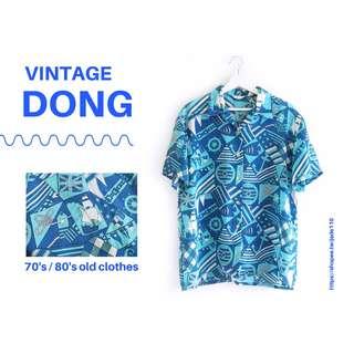 🚚   咚 咚 Vintage  日本古著-  空之島 浪浪短袖襯衫