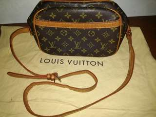 Louis Vuitton monogram Blois crossbody bag