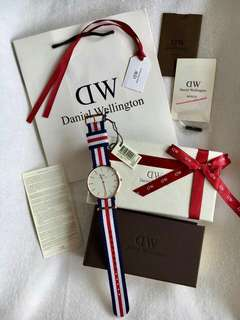 Daniel Wellington Canvas Strap Watch