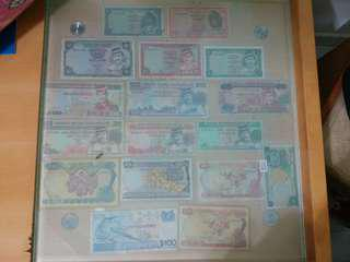 Old note currency