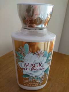 💯 Bath & Body Works (Magic in the Air Body Lotion, 236 ml)
